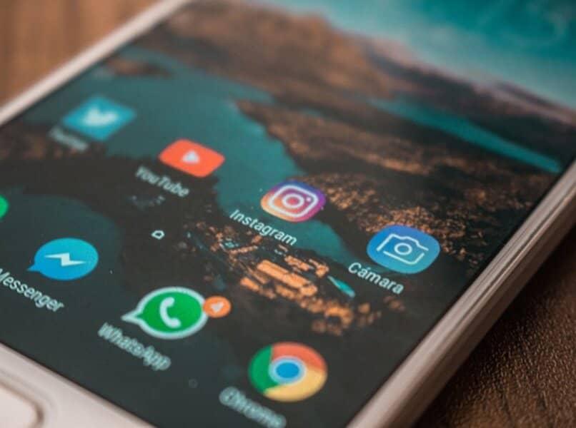 aplicaciones de telefono whatsapp e instagram