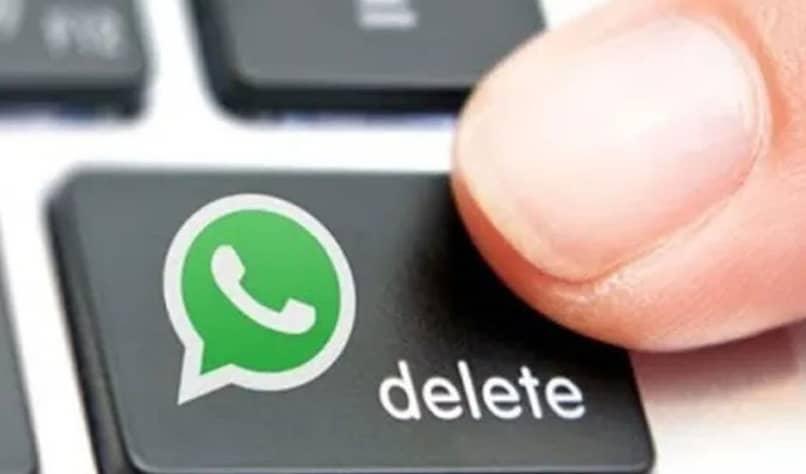 button to delete WhatsApp