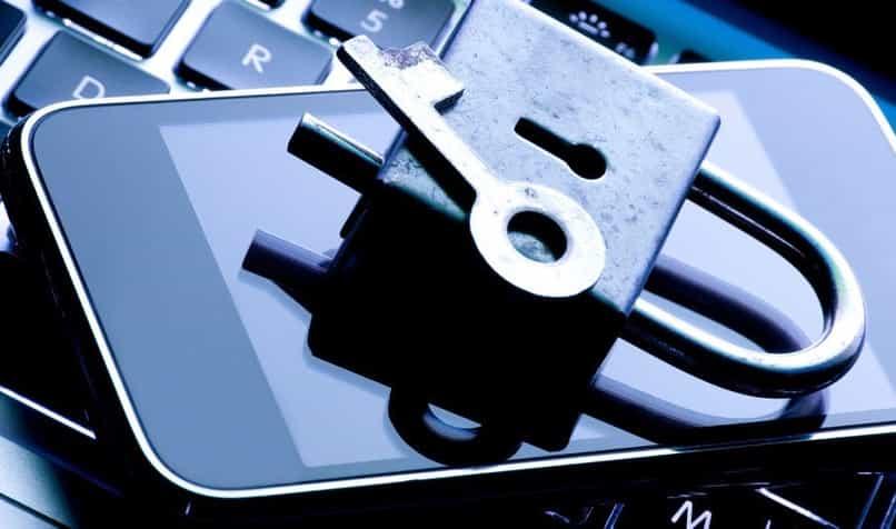 reparar cargador movil