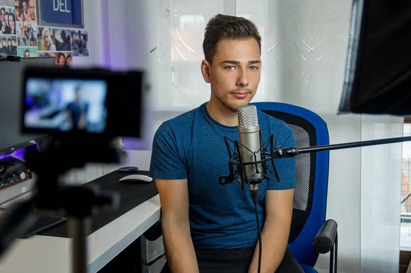 chico stream grabar video microfono camara