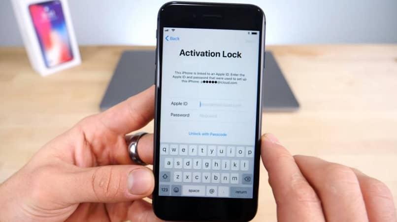 bloquear iphone con codigo de seguridad de 6 o 4 digitos