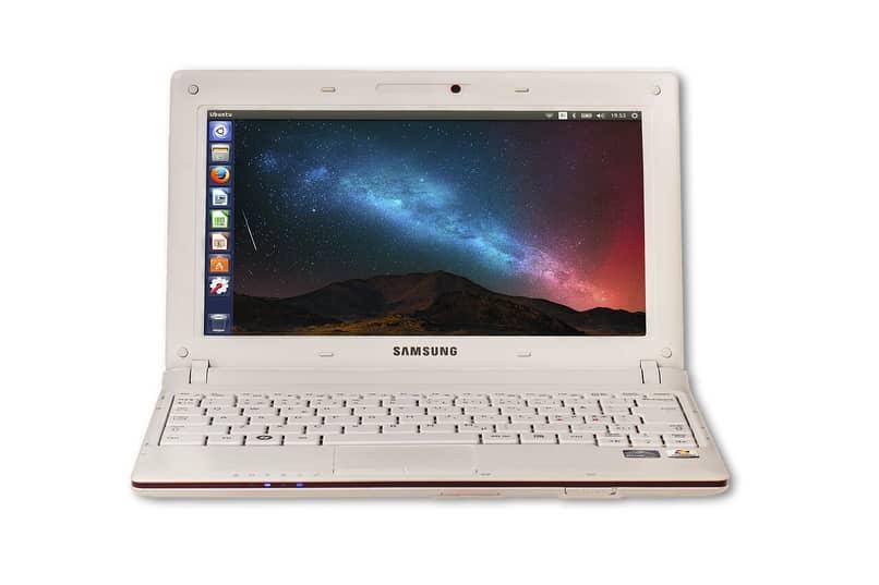 computador con sistema operativo ubuntu