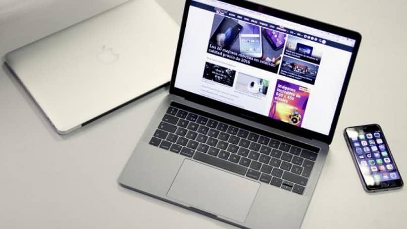 ordenador mac encendido