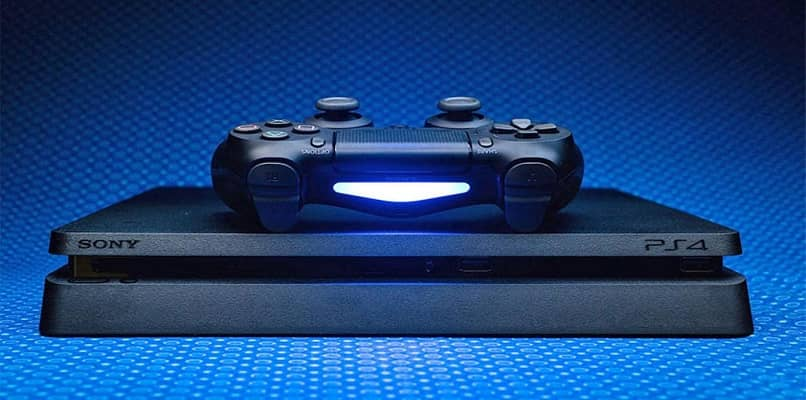 vista frontal ps4 consola y mando