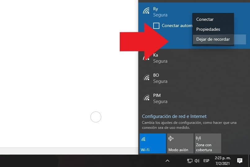 eliminar red wifi windows 10