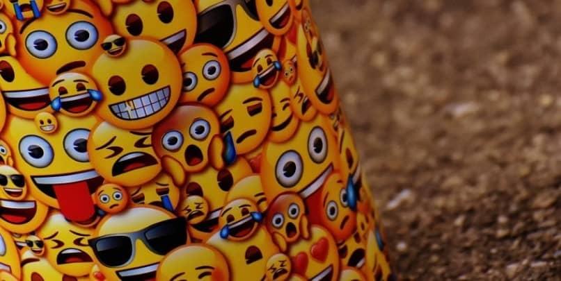 emoticon pegatinas