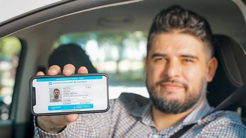hombre identificacion telefono licencia conducir