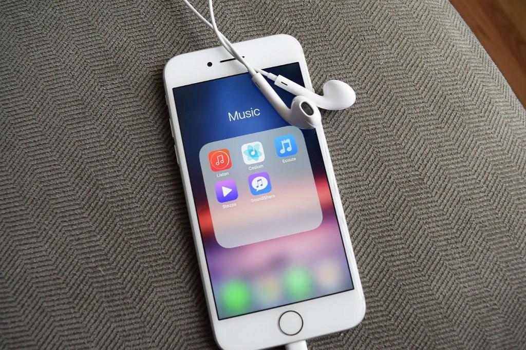 Cómo activar y configurar el apagado automático de la música o radio en iOS