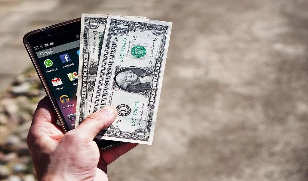 Como transferir dinheiro de uma conta bancária local para minha conta Paypal?