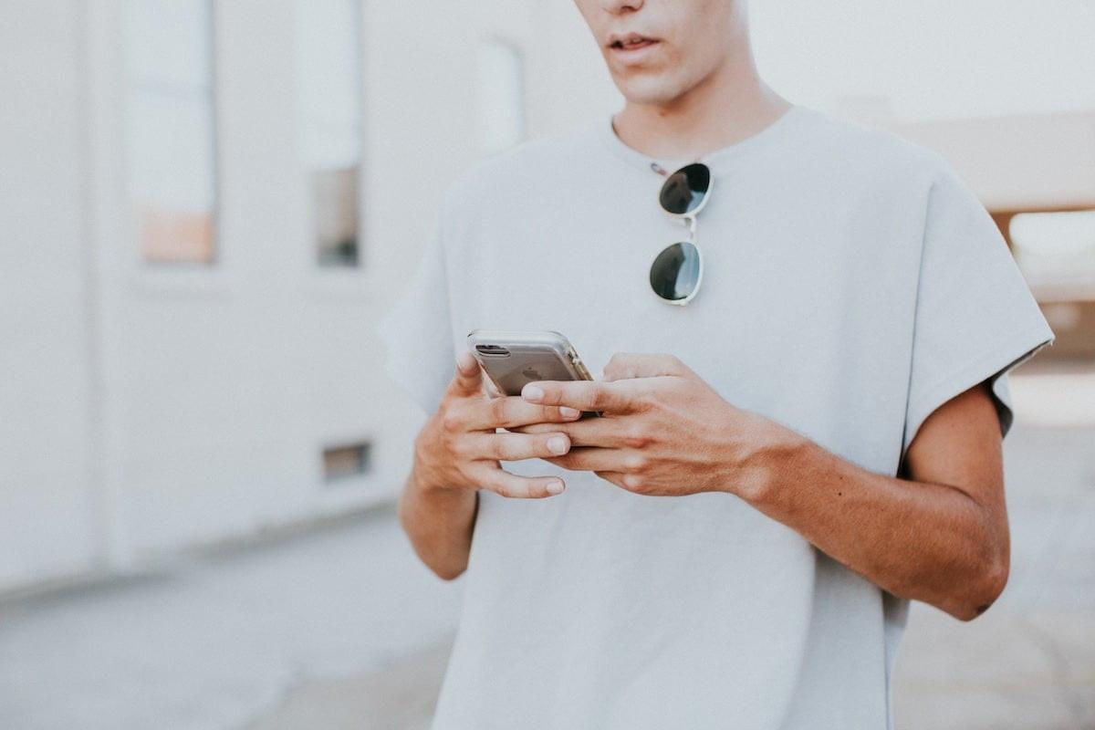 Como reparar um iPhone que não salva fotos ou capturas de tela