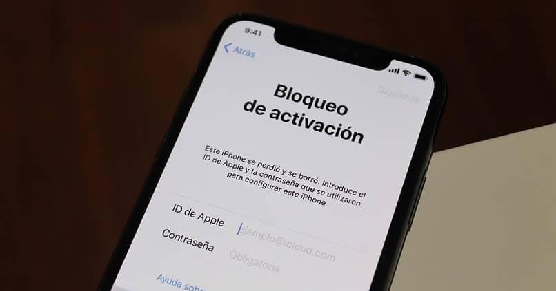 es necesario tener iphone bloqueado con codigo de seguridad