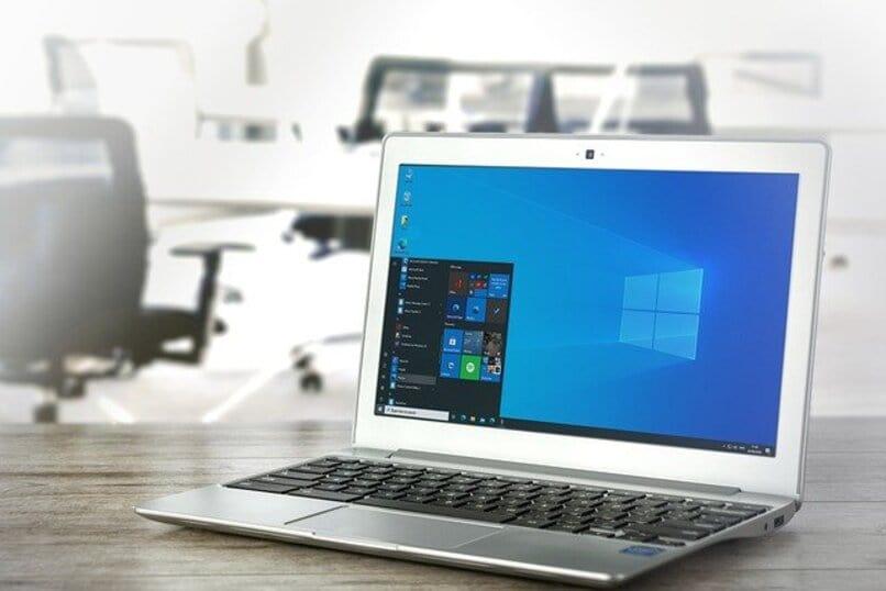 laptop usando windows