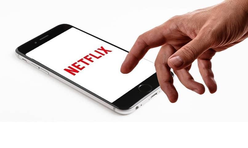 netflix lo puedes tener en diferentes dispositivos