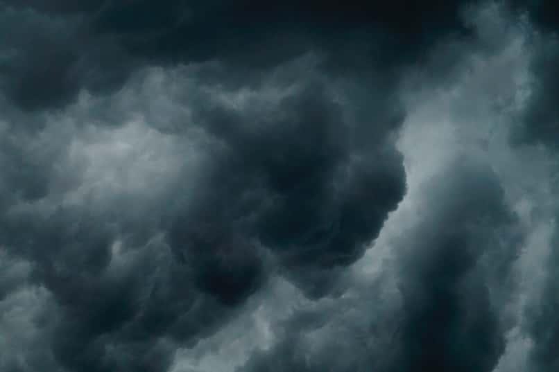 nubes grises captadas por radar meteorologico