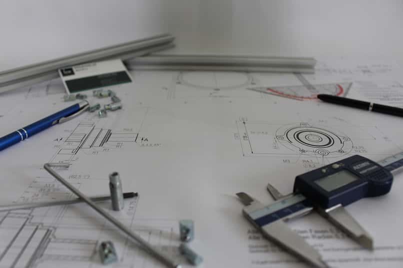 planos con una capa o linea visible de autocad