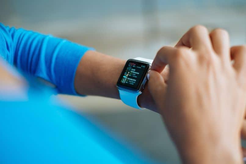 bajar apps para un reloj android wear