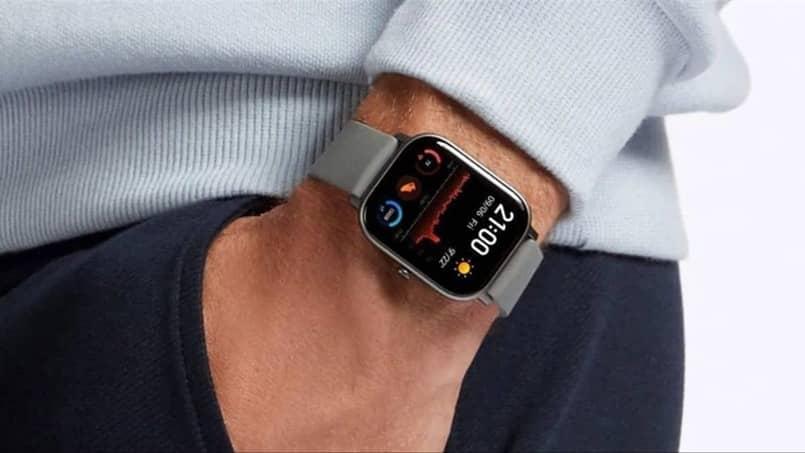 smartwatch interfaz