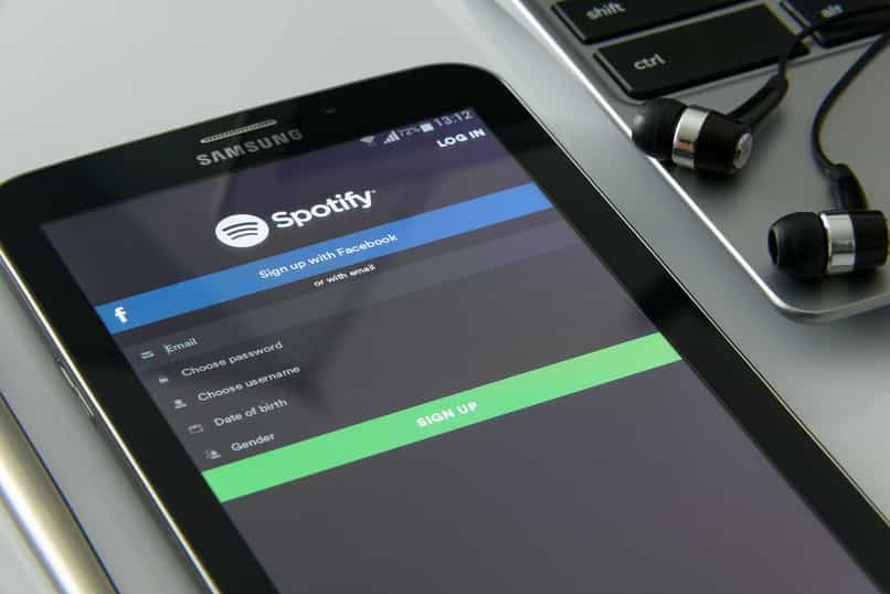 conectar spotify con dispositivos alexa amazon