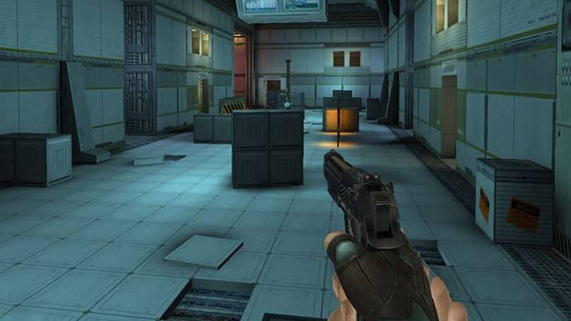 buscando enemigo juego de disparos