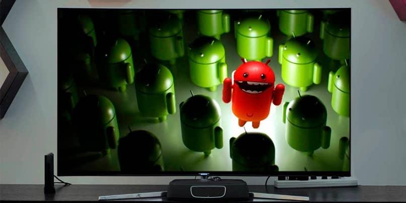 pantalla con icono de android infectado
